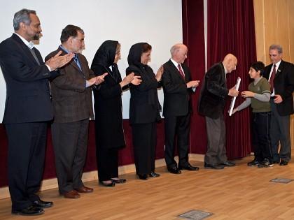همایش CSR در محک مراسم تقدیر از مهندس محسن خلیلی، برای بیش از 50 سال تلاش در زمینه مسئولیت اجتماعی شرکتها