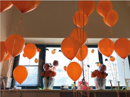 روز نارنجي محك به همت داوطلبان